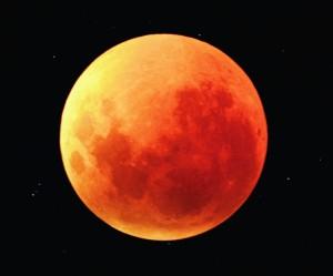 Lunar_eclipse_north_down (800x663)